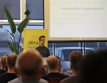 Filip Bech Bruun-Larsen has startet Javascript network at IMPACT