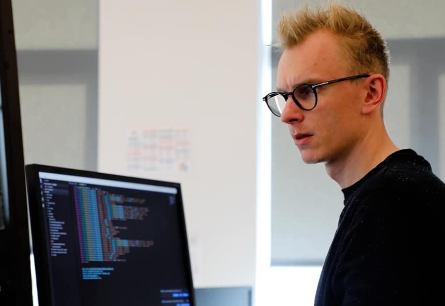 Rasmus Bøgelund Christiansen is an analytics consultant