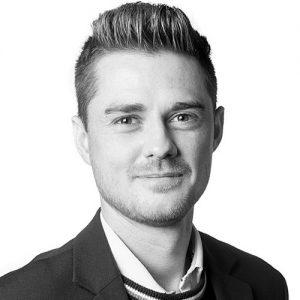 Rasmus Skøtt taler til IMPACT event