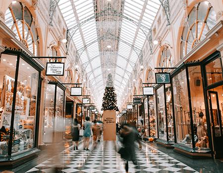 Ifølge McKinseys Holiday Season Shopping Report 2019 handler 61,5% af de adspurgte forbrugere både online og offline i juletiden