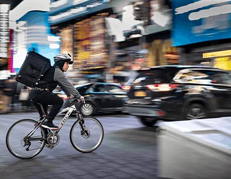 Danske retailere skal tænke i same day delivery, mener Peter Hestbæk