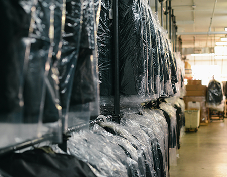 Take control of your inventory in all sales channels with an Order Management System